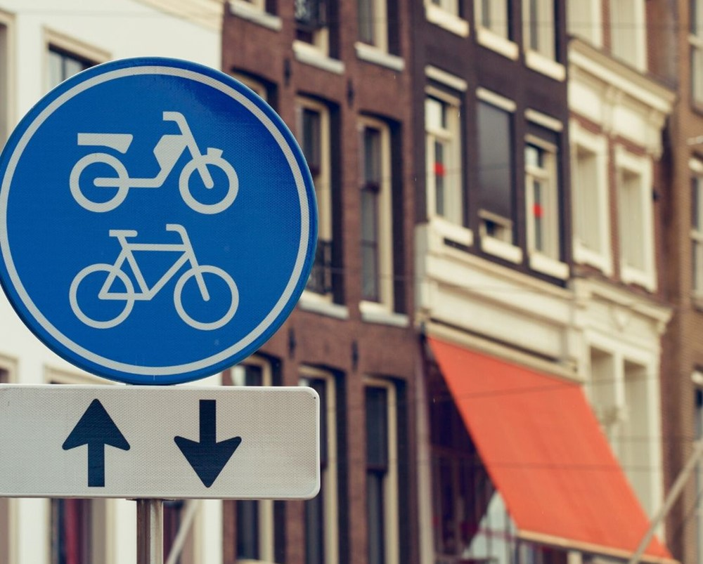 Road rules in the Netherlands
